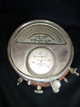 Antiguo instrumento médico