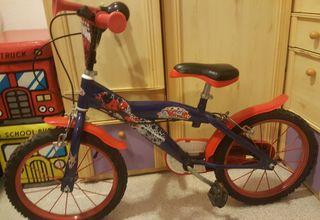 Lote Bicicleta niño Spiderman + Patinete + Maletas