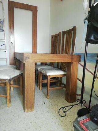 mesa y 4 sillas comedor madera maciza