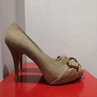 Zapatos tacón Zara a estrenar