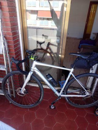 Bici gravel Marin gestalt