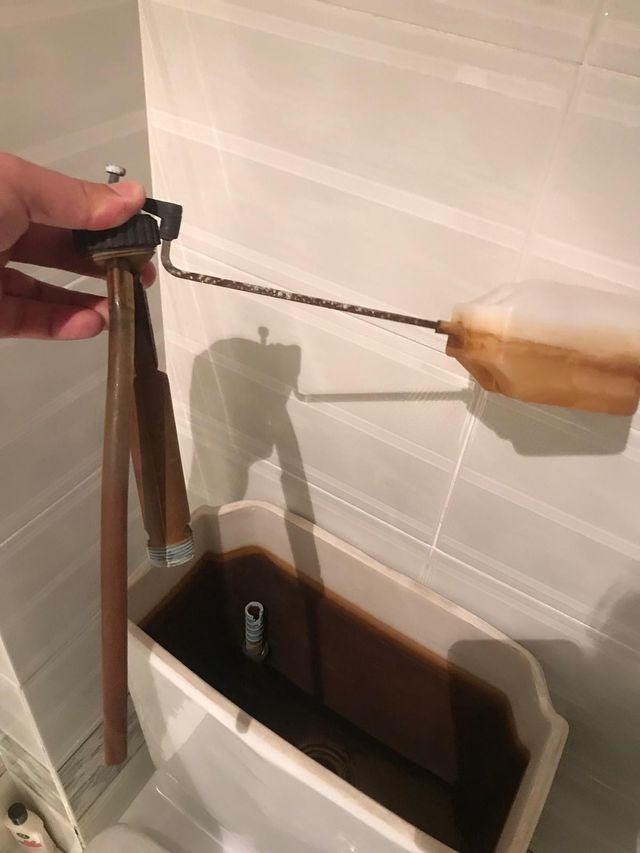 Reparación de cisterna WC