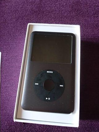 iPod Classic 160gb, con unas 50h de uso