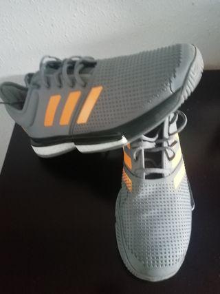 Zapatillas de tenis Adidas Solecourt 43