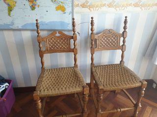 4 sillas Madera maciza y enea