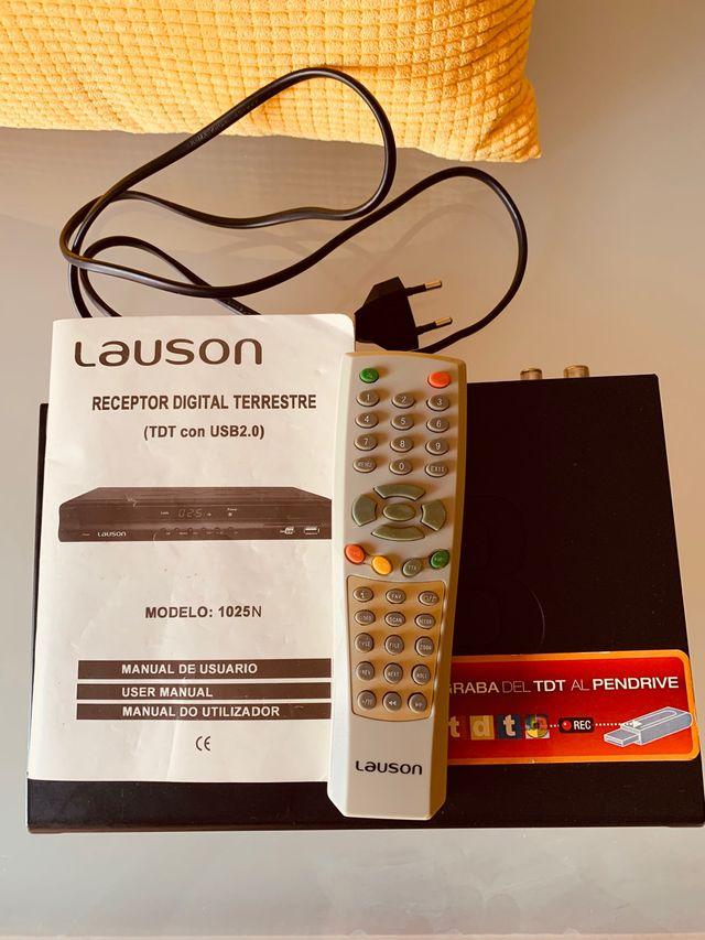 Reproductor Lauson. USB. TDT. Sintoniza y graba.