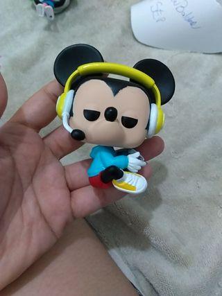Funko Pop Mickey Gamer Gamestop sin caja