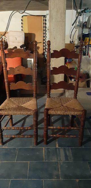 Juego de sillas madera