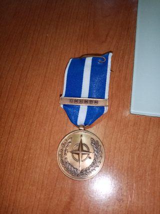 medalla antigua militar kosovo