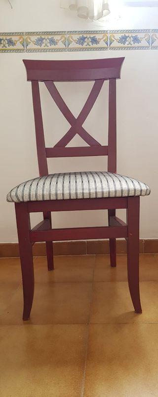 4 sillas de madera pintadas color burdeos