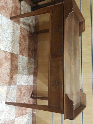 antigua mesa de despacho