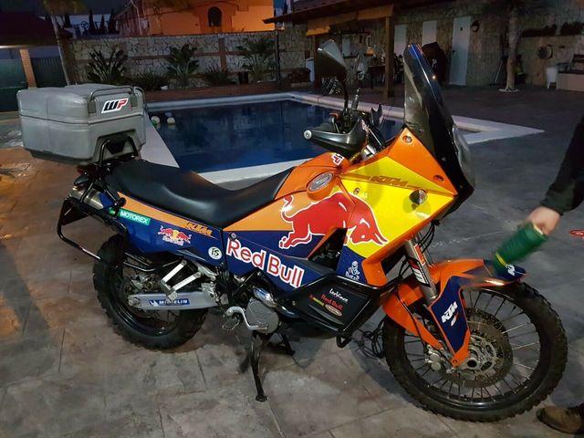 Kit completos de pegatinas para todo tipo de motos