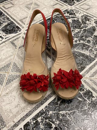 Sandalias de cuña rojas