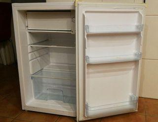 nevera frigorífico mediano