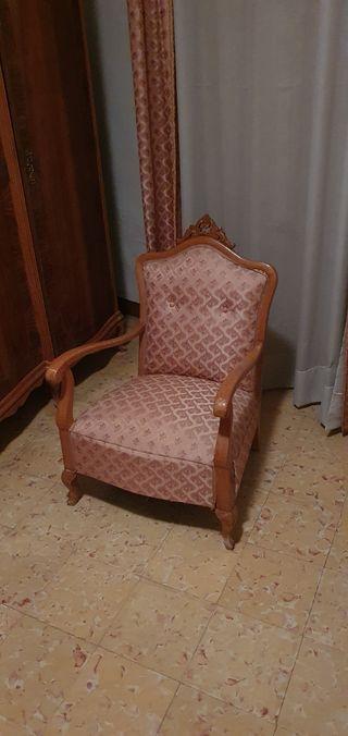 Muebles vintage en muy buen estado.