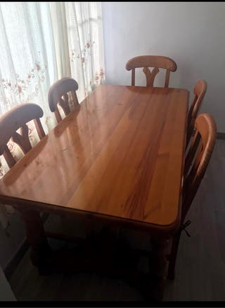 Mesa madera maciza con 6 sillas a conjunto