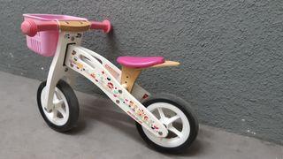 bici de madera sin pedales