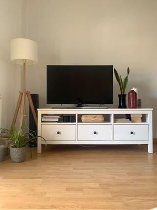 Pack Hemnes: mueble tv + cómoda + zapatero