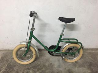Bicicleta infantil antigua