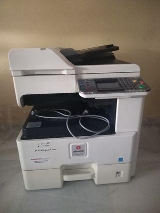 Impresora láser, fotocopiadora y escáner