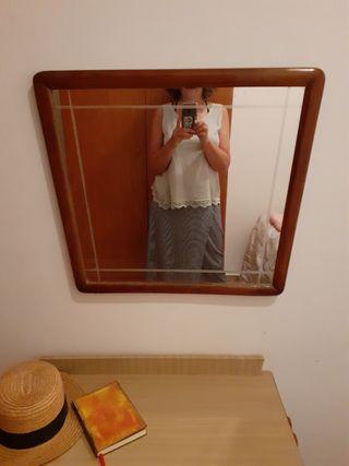 Espejo elegante