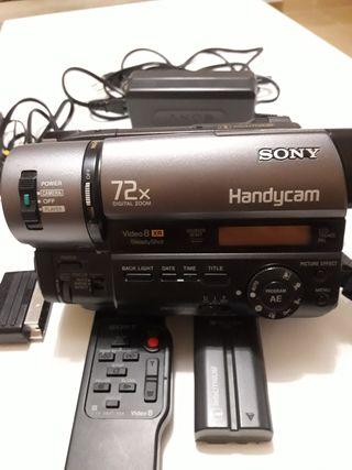Cámara de video Handycam Sony.