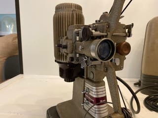 Proyector cine 16mm Bell Howell 273