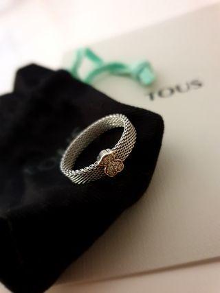 Anillo Tous oro blanco y diamantes