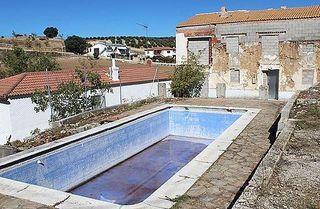 Villa en venta en Moclín