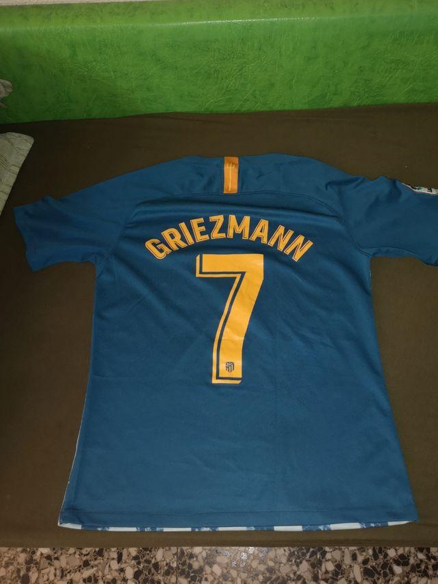 2 Camisetas D fútbol