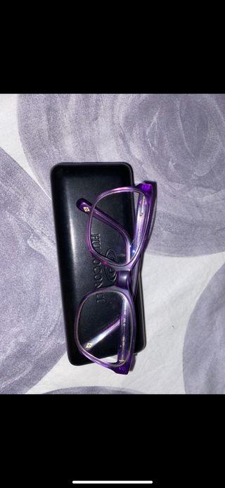 Montura de gafas sin cristales