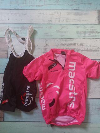 equipación ciclismo niño niña