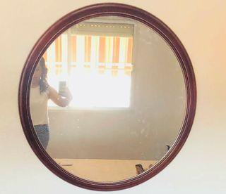 Espejo antiguo 85*85. Recogida en Málaga.
