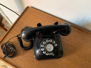 Telefono antiguo sobremesa