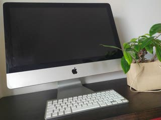 iMac 21.5 pulgadas, mediados de 2011