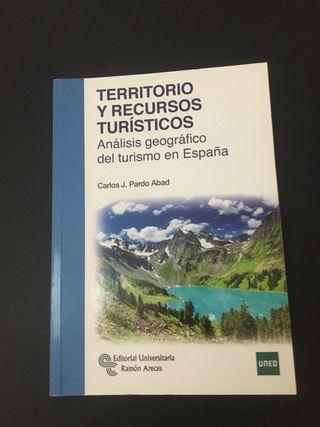 Libro de 1 de Turismo UNED