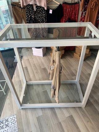 Mueble para perchas