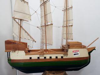 Barco decorativo + tronco base