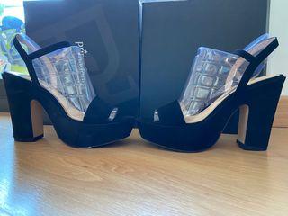 Zapatos con tacon negros