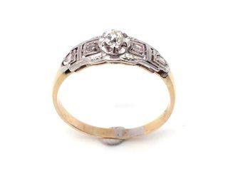Anillo de oro 18k, platino y 5 diamantes