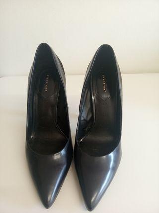 zapato tacón puntilla de Zara woman