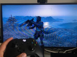 Xbox one X 1TB + 4 juegos y mando.