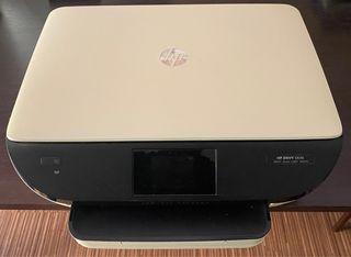 Impresora a color + escáner