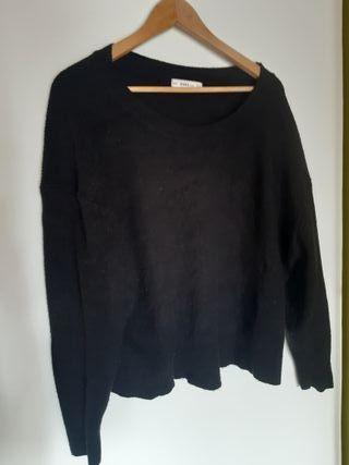 jersey negro de punto de ZARA talla M