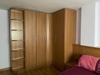 Dormitorio cabecero, mesitas, armario, Estanteria