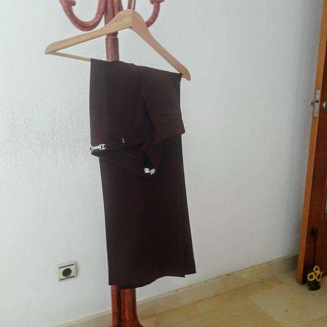 Pantalón mujer color obispo