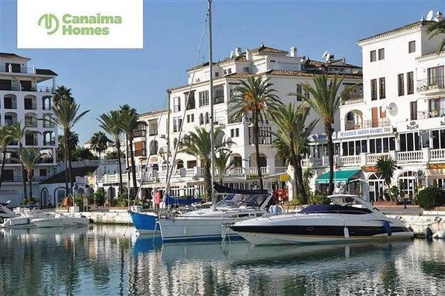 Piso en venta en Puerto de la Duquesa en Manilva (La Duquesa, Málaga)