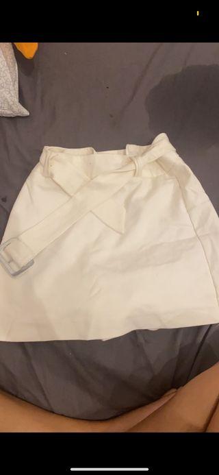 Falda short blanco