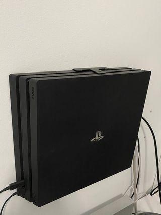 PS4 Pro - 8 juegos
