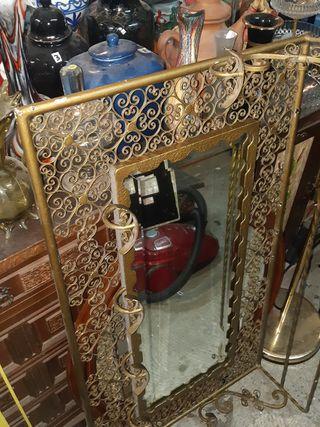 Perchero colgador espejo antiguo de forja